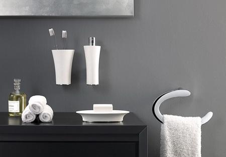Аксессуары для ванной комнаты: смешиваем функциональность с комфортом