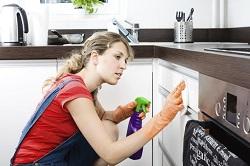 Технология чистки кухонных фасадов: способы и рекомендации от специалистов