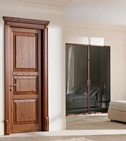 Двери из массива: их преимущества и правила установки
