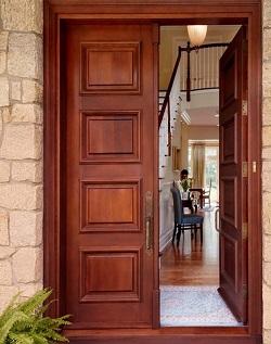 Какими достоинствами обладают двери с шумоизоляцией и как их устанавливать