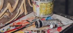 Какие материалы необходимы для создания картин на холсте: правила их выбора