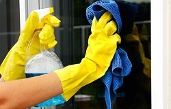 Как помыть окна в квартире: способы и полезные советы