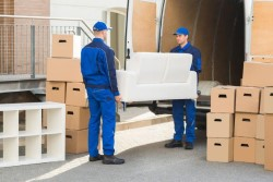 Правила перевозки мебели при переезде: что нужно знать