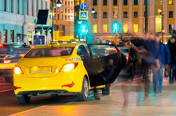 Как должны себя вести пассажиры и водители в такси: основные правила