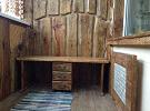 Отличительные особенности балкона, оборудованного в стиле шале