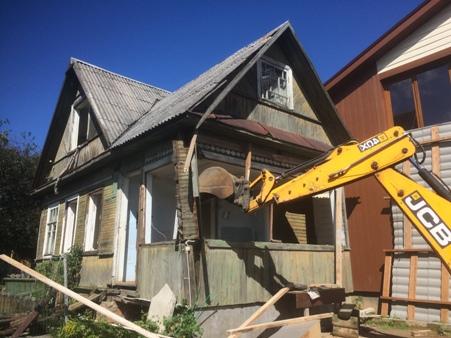 снос старого дома и строительство нового