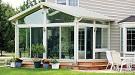 Какие окна подобрать для веранды на дачу: пластиковые или деревянные