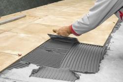 Как своими руками осуществить укладку плитки и каких правил придерживаться в работе