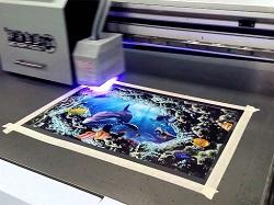 Что такое ультрафиолетовая печать, чем она отличается от обычной и какими преимуществами обладает