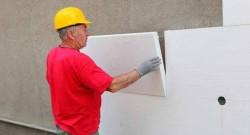 Достоинства способа утепления дома пенопластом и правила работы с материалом