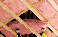 Как самостоятельно утеплить потолок и что для этого нужно