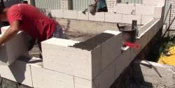 Технология возведения стен из газоблоков и правила работы