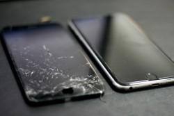 Технология замены дисплея на Айфоне: каким правилам следовать